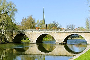 Bridge across the river Saale in front of the tower of the town church, Camburg, Dornburg-Camburg, Thuringia, Germany, Europe