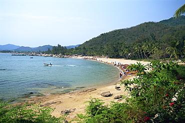 Beach at Tianya-Haijiao Tourist Zone, Sanya, Hainan Island, China, Asia