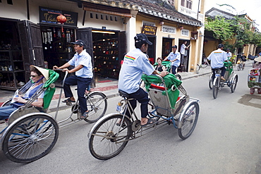 Trishaws, Hoi An, Vietnam, Indochina, Southeast Asia, Asia