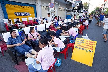 Foot massage, Sunday Street Market, Chiang Mai, Thailand, Southeast Asia, Asia