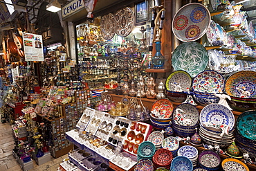 Ceramic crockery display, Grand Bazaar, Sultanahmet, Istanbul, Turkey, Europe
