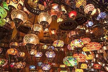 Glass lamp shop display, Grand Bazaar, Sultanahmet, Istanbul, Turkey, Europe