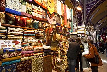 Fabric shop, Grand Bazaar, Sultanahmet, Istanbul, Turkey, Europe