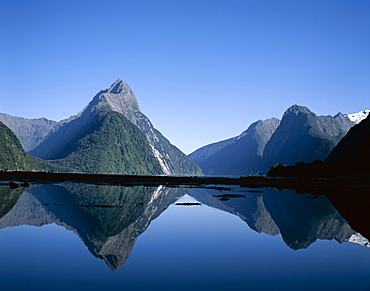 Mitre Peak, Milford Sound, Fiordland National Park, Milford, South Island, New Zealand, Pacific