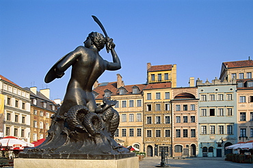 Mermaid Statue (Syrena), Old Town Square, Old Town, UNESCO World Heritage Site, Warsaw, Poland, Europe
