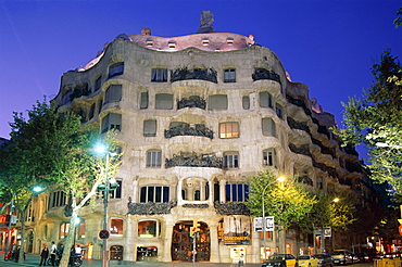 Casa Mila (La Pedrera), by Antoni Gaudi, UNESCO World Heritage Site, Barcelona, Catalonia, Spain, Europe
