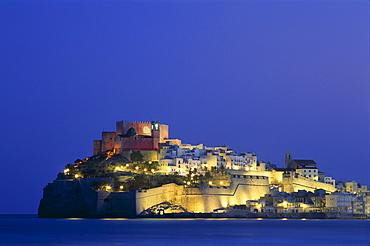The Old Town at night, Peniscola, Costa del Azahar, Valencia, Spain, Mediterranean, Europe
