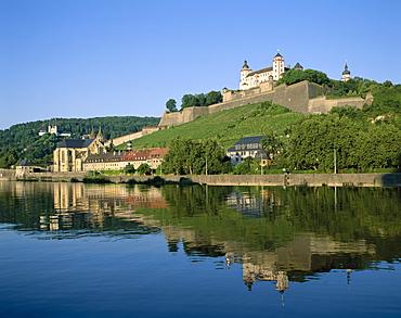 Marienberg Fortress (Festung Marienberg) and River Main, Wurzburg, Romantic Road (Romantische Strasse), Bavaria, Germany, Europe