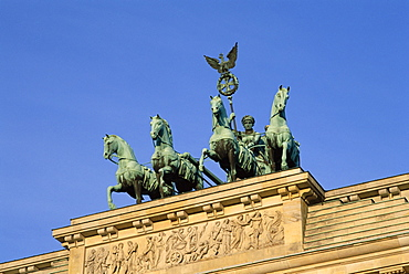 Quadriga chariot, Brandenburg Gate, Berlin, Germany, Europe