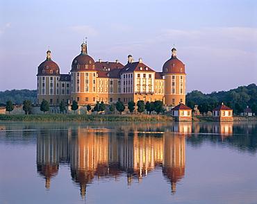 Moritzburg Castle (Schloss Moritzburg), Dresden, Saxony, Germany, Europe
