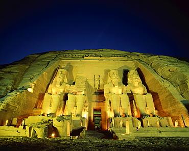 Temple of Ramses II at night, Abu Simbel, UNESCO World Heritage Site, Aswan, Egypt, North Africa, Africa