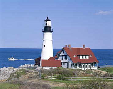 Portland Head Lighthouse, Cape Elizabeth, Maine, New England, United States of America, North America