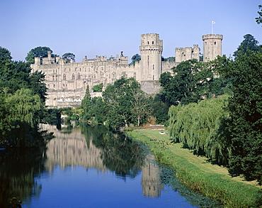 Warwick Castle and River Avon, Warwick, Warwickshire, England, United Kingdom, Europe