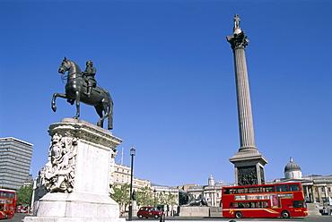 Nelsons Column and double decker bus, Trafalgar Square, London, England, United Kingdom, Europe