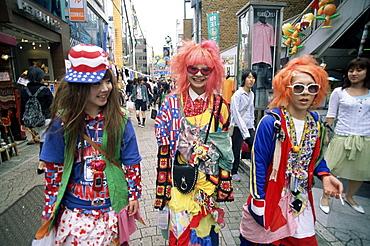 Teenage girls on Takeshita Dori shopping street, Harajuku, Tokyo, Japan, Asia