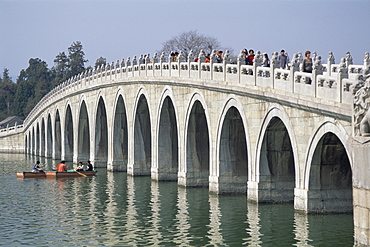 Seventeen Arched bridge on Kunming Lake, Summer Palace, UNESCO World Heritage Site, Beijing, China, Asia
