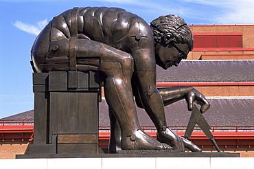 Bronze statue of Sir Isaac Newton by Eduardo Paolozzi, British Library, London, England, United Kingdom, Europe