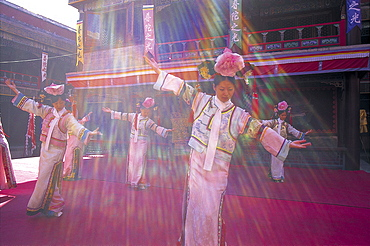 Traditional dancers at the Temple of Potaraka Doctrine dating from 1771, UNESCO World Heritage Site, Chengde, Hebei Province, China, Asia