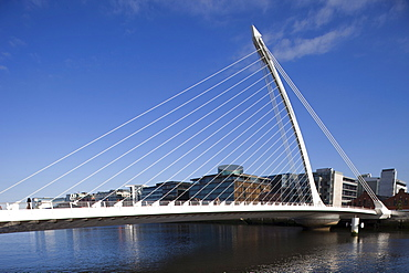 The Samuel Beckett Bridge, designed by architect Santiago Calatrava, Dublin, Republic of Ireland, Europe
