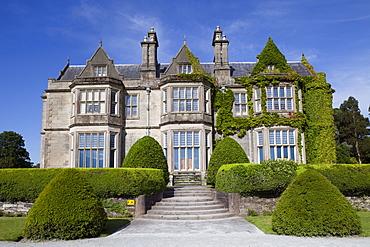 Muckross House, Killarney, County Kerry, Munster, Republic of Ireland, Europe