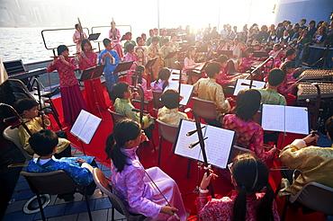 Chinese Orchestra performance, Tsim Sha Tsui, Kowloon, Hong Kong, China, Asia