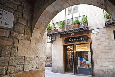 Pharmacy, The Gothic Quarter, Barcelona, Catalonia, Spain, Europe