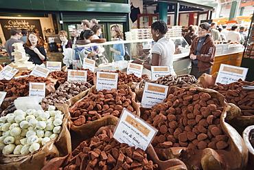 Chocolate stall, Borough Market, Southwark, London, England, United Kingdom, Europe