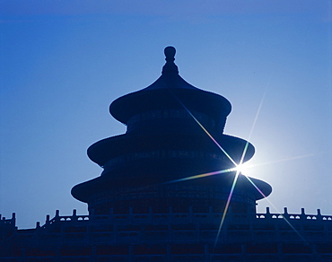 Temple of Heaven dating from the Ming Dynasty, at dawn, UNESCO World Heritage Site, Beijing, China, Asia