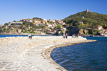 A view of a breakwater in the harbour at Collioure, Cote Vermeille, Languedoc-Roussillon, France, Europe