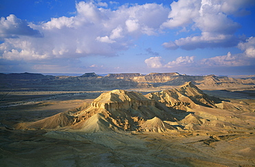 Aerial photograph of mount Yelek in the Ramon crater, Israel
