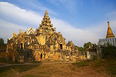 Maha Aungmye Bonzan monastery (Kyuang Ok) (Royal Monastery), dating from the Ava period, in the old capital of Inwa, Mandalay, Myanmar (Burma), Asia