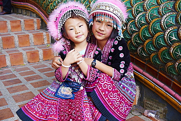 Young Lana girl, Wat Phra That Doi Suthep, Chiang Mai, Thailand, Southeast Asia, Asia