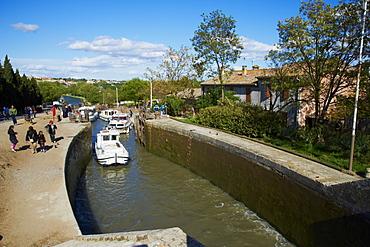 Locks of Fonserannes, Canal du Midi, UNESCO World Heritage Site, Beziers, Herault, Languedoc, France, Europe