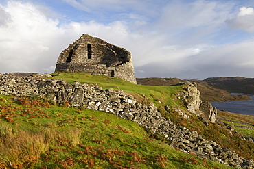 Dun Carloway Broch on the Isle of Lewis, Outer Hebrides, Scotland, United Kingdom, Europe