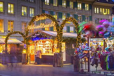 Christmas Market on Waisenhausplatz, Bern, Jungfrau region, Bernese Oberland, Swiss Alps, Switzerland, Europe