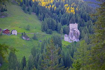 Castle, Passo Tre Croci, Belluno Province, Veneto, Italian Dolomites, Italy, Europe