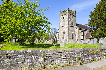 The Parish Church in Ashford in the water in springtime, Derbyshire Dales, Derbyshire, England, United Kingdom, Europe
