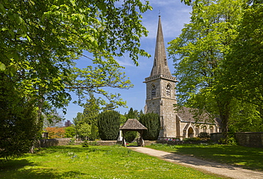 St. Mary's Parish Church in Lower Slaughter, Cotswolds, Gloucestershire, England, United Kingdom, Europe