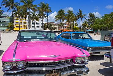 Classic cars on Ocean Drive and Art Deco architecture, Miami Beach, Miami, Florida, United States of America, North America