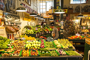 Grocery stall in Farmers Market, Pike Place Market, Belltown District, Seattle, Washington State, United States of America, North America