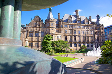 Town Hall and Peace Gardens, Sheffield, South Yorkshire, Yorkshire, England, United Kingdom, Europe