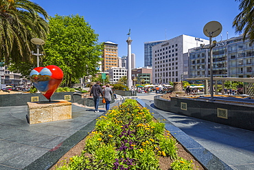 View of buildings and visitors in Union Square, San Francisco, California, United States of America, North America