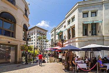 View of shops on Rodeo Drive and Beverley Wilshire Hotel, Beverly Hills, Los Angeles, California, United States of America, North America