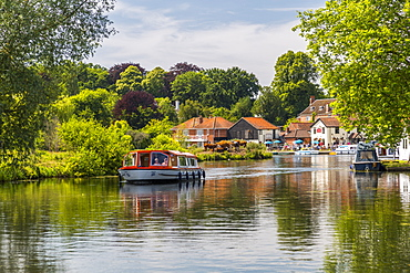 Boats on River Bure at Coltishall, Norfolk Broads, Norfolk, England, United Kingdom, Europe