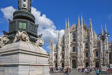 View of the Duomo di Milano in Piazza Del Duomo, Milan, Lombardy, Italy, Europe
