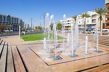 View down Zayed Bin Sultan Street, Al Ain, Abu Dhabi, United Arab Emirates, Middle East