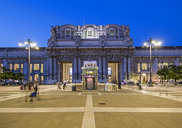 View of Milan Central Station at dusk, Milan, Lombardy, Italy, Europe