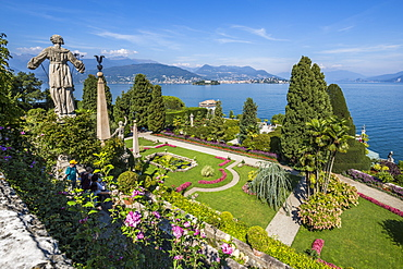 View of lily pond from Floral Fountains, Isola Bella, Borromean Islands, Lake Maggiore, Piedmont, Italian Lakes, Italy, Europe