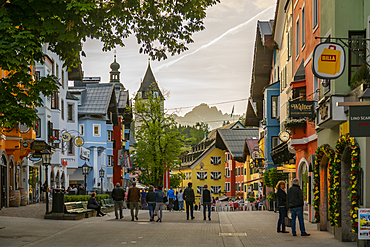View of visitors taking an evening walk on Vorderstadt, Kitzbuhel, Austrian Tyrol Region, Austria, Europe