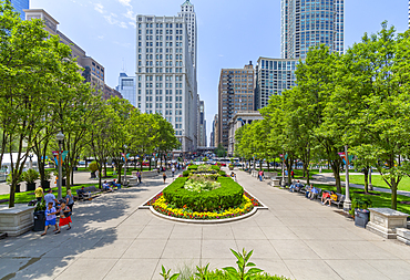 View of city skyscrapers from Millenium Park, Downtown Chicago, Illinois, United States of America, North America